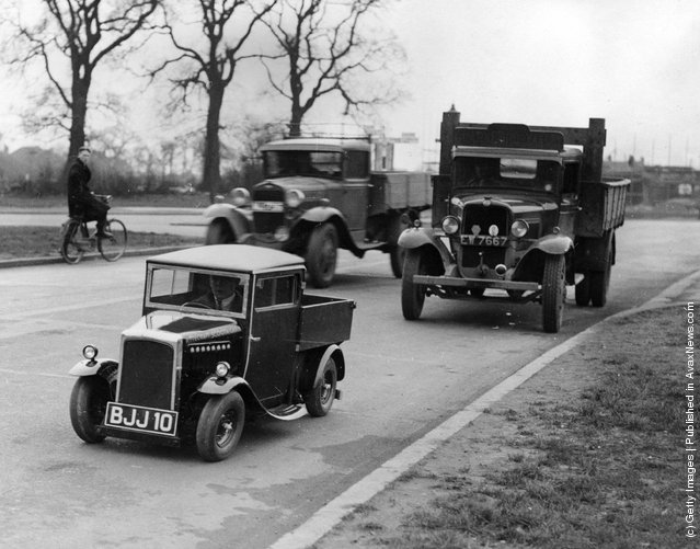 1935: The newly built one horsepower Rytecraft lorry, believed to be the smallest motor lorry in the world, on the North Circular Road with other traffic