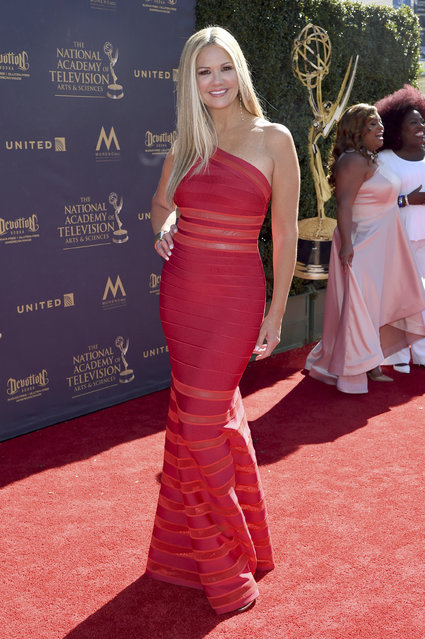 Nancy O'Dell arrives at the 44th Annual Daytime Emmy Awards at the Pasadena Civic Center on Sunday, April 30, 2017, in Pasadena, Calif. (Photo by Richard Shotwell/Invision/AP Photo)