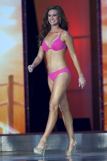 Miss Arizona, Madi Esteves competes in the swimsuit competition during the first night of preliminaries of Miss America at Boardwalk Hall in Atlantic City, New Jersey, September 8, 2015. (Photo by Mark Makela/Reuters)