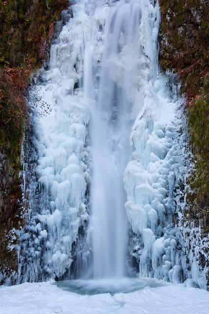 Frozen Multnomah. (Jesse Estes)