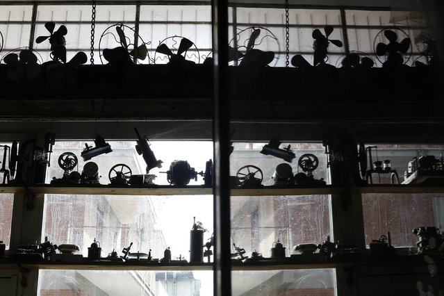 Fans and other objects are displayed on shelves in the Museum of Domenico Agostinelli in Dragona, near Rome November 4, 2014. (Photo by Tony Gentile/Reuters)