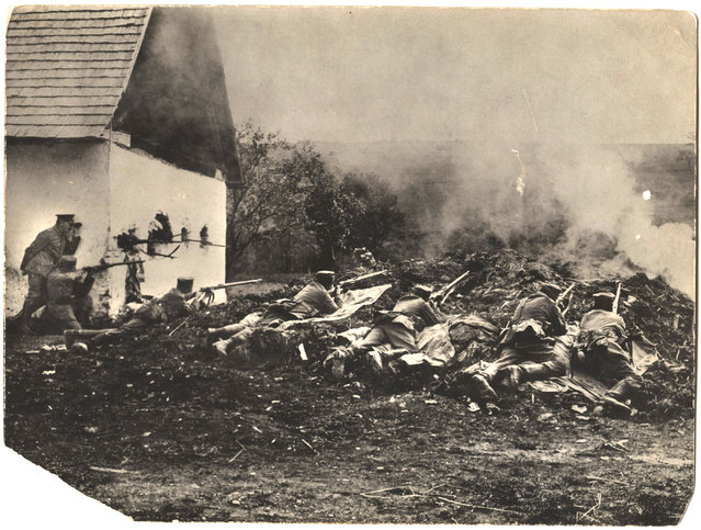 """German troops fire on French soldiers. On the back of the photograph Smithe wrote """"German troops repelling an attack. West front (France)"""". (Photo by Dr. P.A. Smithe/National World War I Museum, Kansas City, Mo.)"""