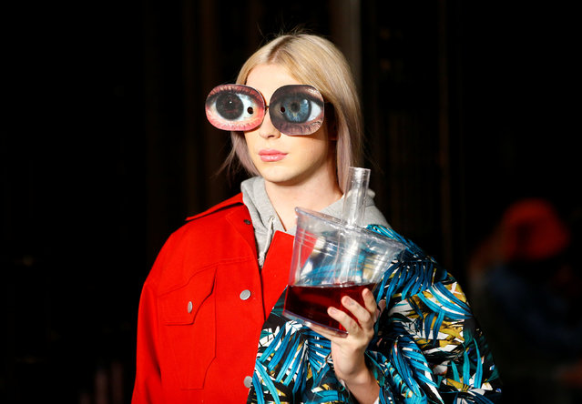A model presents a creation during Swedish School of Textiles catwalk show at Freemasons Hall during London Fashion Week Women's in London, Britain September 14, 2018. (Photo by Henry Nicholls/Reuters)