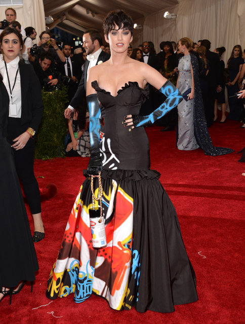 "Katy Perry arrives at The Metropolitan Museum of Art's Costume Institute benefit gala celebrating ""China: Through the Looking Glass"" on Monday, May 4, 2015, in New York. (Photo by Evan Agostini/Invision/AP Photo)"
