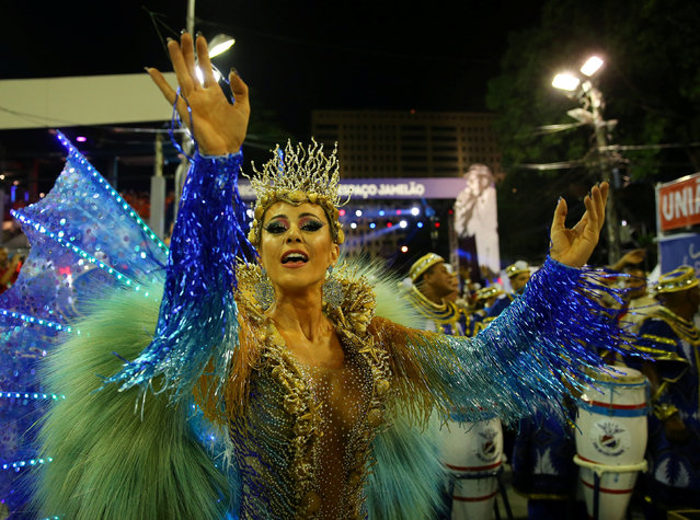 Drum queen Tania Oliveira from Uniao da Ilha samba school performs during the second night of the carnival parade at the Sambadrome in Rio de Janeiro, Brazil February 27, 2017. (Photo by Pilar Olivares/Reuters)