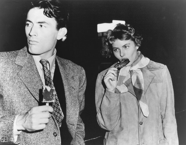 Ingrid Bergman with Gregory Peck during a break in shooting in Hollywood, 1944. (Photo by Ingrid Bergman Collection/Wesleyan University)