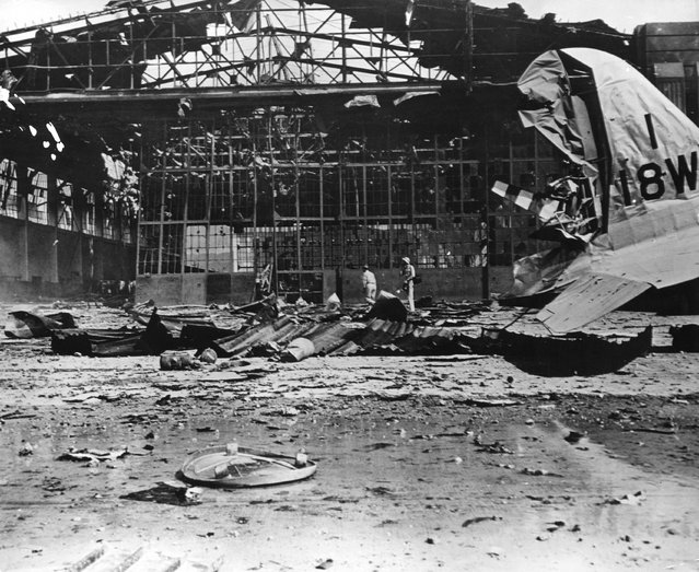 circa 1942:  Hickam Field aircraft hangar at Pearl Harbour (Pearl Harbor), Hawaii, destroyed by Japanese bombs during World War II.  (Photo by Evans/Three Lions/Getty Images)