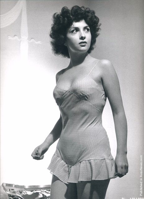 Italian actress Gina Lollobrigida, 1951. Photo by Philippe Halsman