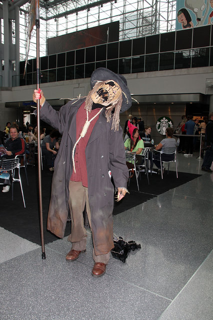 General Atmosphere at 2014 New York Comic Con – Day 2 at Jacob Javitz Center on October 10, 2014 in New York City. (Photo by Laura Cavanaugh/Getty Images)