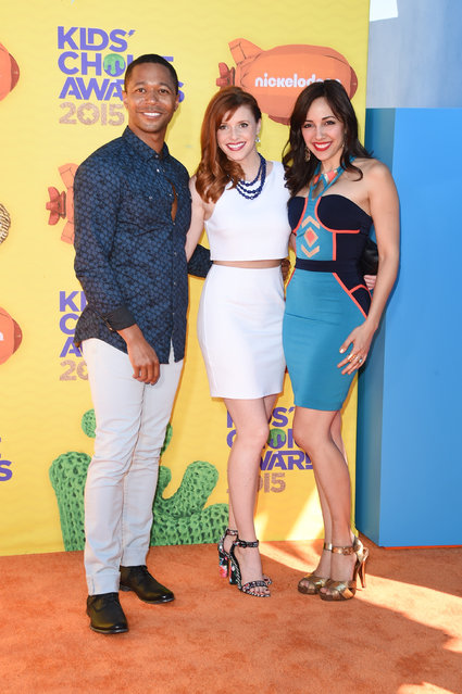 Actors Thomas Hobson, Tara Perry and Yvette Gonzalez-Nacer attend Nickelodeon's 28th annual Kids' Choice Awards held at The Forum on March 28, 2015, in Inglewood, California. (Photo by Jason Merritt/Getty Images)
