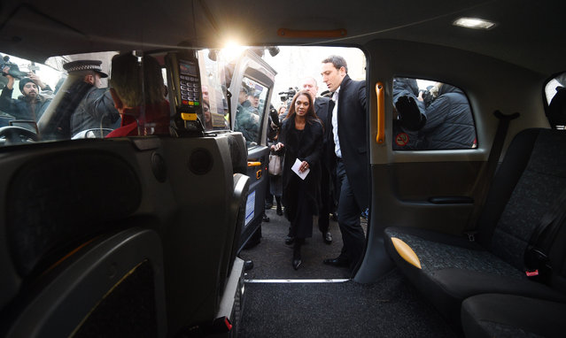 Lead claimant in the Article 50 case, Gina Miller (C) boards a taxi after delivering a statement outside the Supreme Court in London, 24 January 2017. The government lost its right to trigger article 50 without a parliamentary vote, after the Supreme Court announced an 8-3 verdict against the government. (Photo by Facundo Arrizabalaga/EPA)