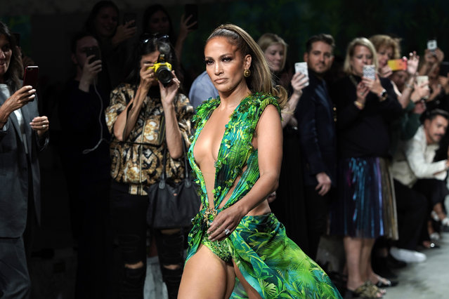 Jennifer Lopez walks the runway at the Versace show during the Milan Fashion Week Spring/Summer 2020 on September 20, 2019 in Milan, Italy. (Photo by Vittorio Zunino Celotto/Getty Images)