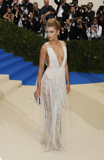 """Stella Maxwell attends the """"Rei Kawakubo / Comme des Garcons: Art Of The In-Between"""" Costume Institute Gala 2017 at Metropolitan Museum of Art in New York, United States on May 01, 2017. (Photo by Lucas Jackson/Reuters)"""