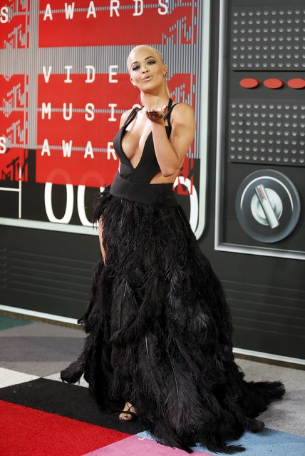 Singer Rita Ora arrives at the 2015 MTV Video Music Awards in Los Angeles, California, August 30, 2015. (Photo by Danny Moloshok/Reuters)