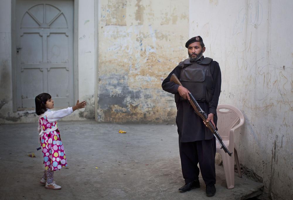 Pakistani Girls Struggle to be Educated