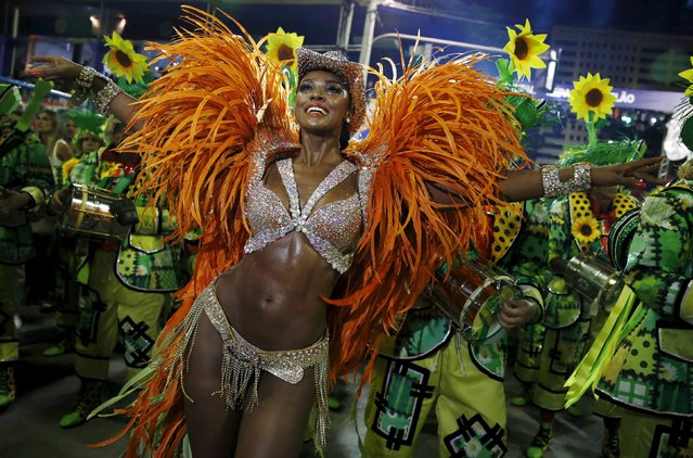 Imperatriz samba school's Drum Queen Cris Vianna performs during the carnival parade at the Sambadrome in Rio de Janeiro, February 9, 2016. (Photo by Pilar Olivares/Reuters)