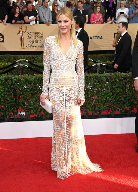 Actor Julie Bowen attends The 23rd Annual Screen Actors Guild Awards at The Shrine Auditorium on January 29, 2017 in Los Angeles, California. (Photo by Frazer Harrison/Getty Images)