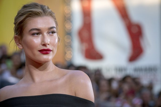 """Model Hailey Baldwin poses on the red carpet for a screening of the film """"Mission Impossible: Rogue Nation"""" in New York July 27, 2015. (Photo by Brendan McDermid/Reuters)"""