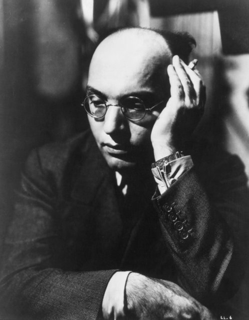 """German composer Kurt Weill (1900 - 1950), 1932. Weill created a new form of opera in two satiric-didactic works, """"Die Dreigroschenoper"""" (""""The Threepenny Opera"""")1928 and """"Aufstieg und Fall der Stadt Mahagonny"""" (""""Rise and Fall of the City of Mahagonny"""") 1929. (Photo by Keystone/Getty Images)"""