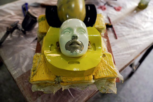 The head of a s*x doll mould is seen on an operating platform at the WMDOLL factory in Zhongshan, Guangdong Province, China, July 11, 2018. (Photo by Aly Song/Reuters)