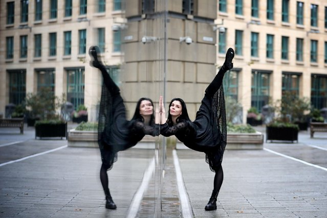 "Principal of the Royal Ballet, Natalia Osipova, performs outside the Edinburgh International Conference Centre in Edinburgh, England on November 21, 2018, where she is starring in the new contemporary ballet ""The Mother"". (PHoto by Jane Barlow/PA Wire via ZUMA Press)"