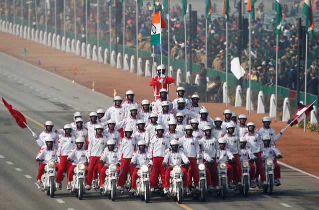 The Daredevil motorcycle display team take part in a rehearsal for India's Republic Day parade in New Delhi, India January 23, 2017. (Photo by Cathal McNaughton/Reuters)