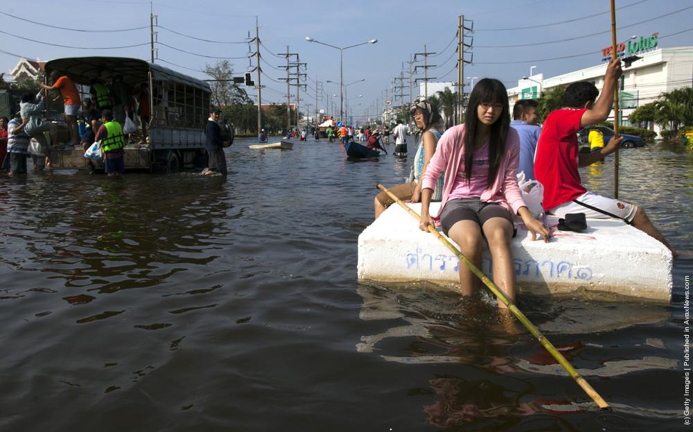 Flooding Threatens Downtown Bangkok