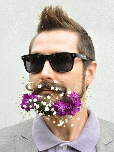 Flower beard. (Photo by fuckyeahflowerbeards/Tumblr)