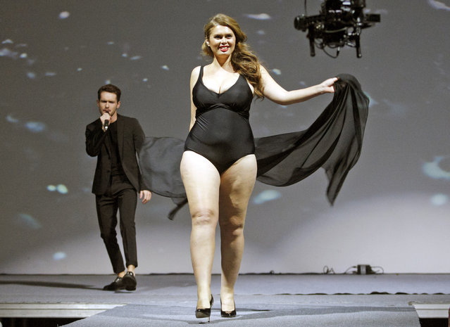 """A contestant seen on stage during the """"Miss Ukraine Plus Size"""" beauty pageant in Kiev, Ukraine on October 29, 2018. (Photo by Pavlo Gonchar/SOPA Images via ZUMA Wire)"""