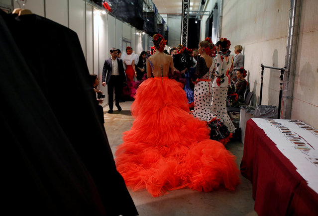 Models are seen backstage as they wear creations by Veronica de la Vega during the International Flamenco Fashion Show SIMOF in the Andalusian capital of Seville, Spain February 8, 2019. (Photo by Marcelo del Pozo/Reuters)