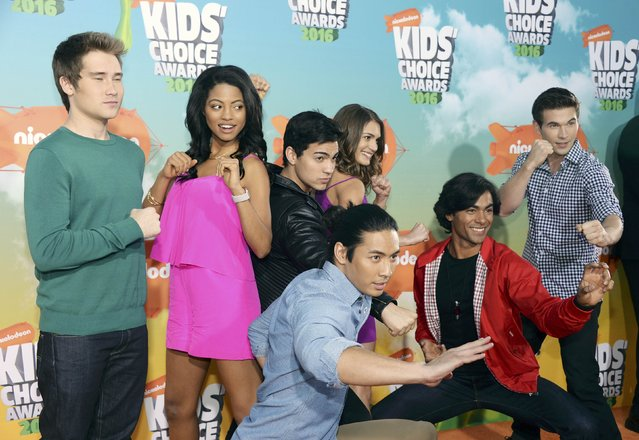 "The cast of ""Power Rangers Dino Charge"" arrive at Nickelodeon's Kids' Choice Awards in Inglewood, California March 12, 2016. (Photo by Phil McCarten/Reuters)"