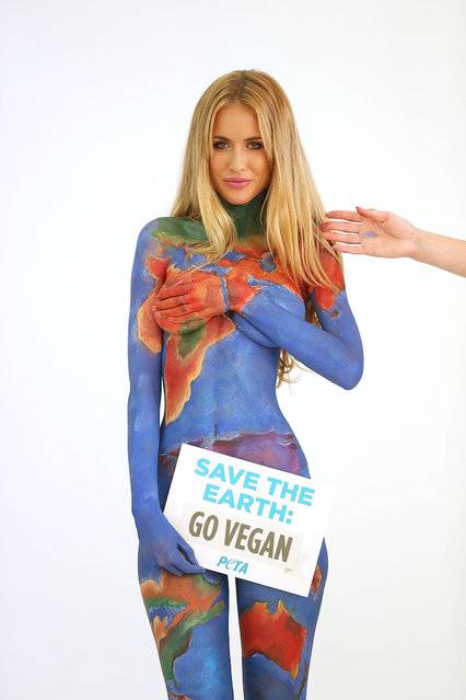 Model Renee Somerfield poses during the filming for an ad made by People for the Ethical Treatment of Animals (PETA) at San Telmo Studio in Sydney, Australia on Jule 3, 2014. (Photo by Mark Metcalfe/Getty Images)