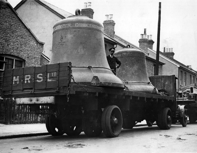 The bells for the chapel of the University of Chicago leaving the foundry in England, where they were made, en-route for the USA. 12th June 1932. (Photo by Fox Photos)