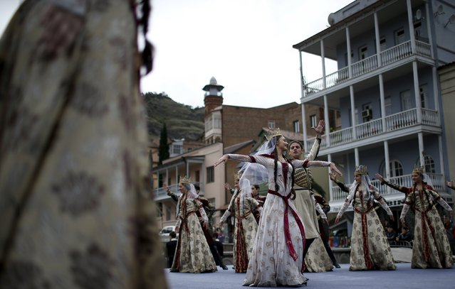 Dancers perform during the annual Tbilisoba festival, celebrating Tbilisi City Day in Tbilisi, Georgia, October 17, 2015. (Photo by David Mdzinarishvili/Reuters)