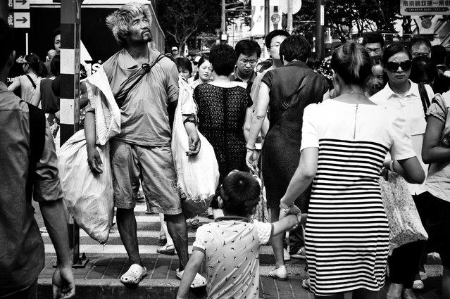 "This 2014 series Shanghai Tian Wa saw Chinese photographer Liu Tao train his lens on two distinct districts in Shanghai. Here: ""Shanghai Tian Wai №11, 2014"". (Photo by Liu Tao/The Guardian)"