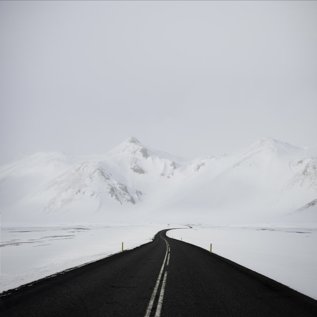 White blanket outside Reykjahl, North Iceland. (Photo by Andy Lee/Caters News)