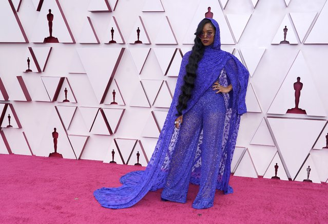 H.E.R. arrives at the Oscars on Sunday, April 25, 2021, at Union Station in Los Angeles. (Photo by Chris Pizzello/Pool via AP Photo)