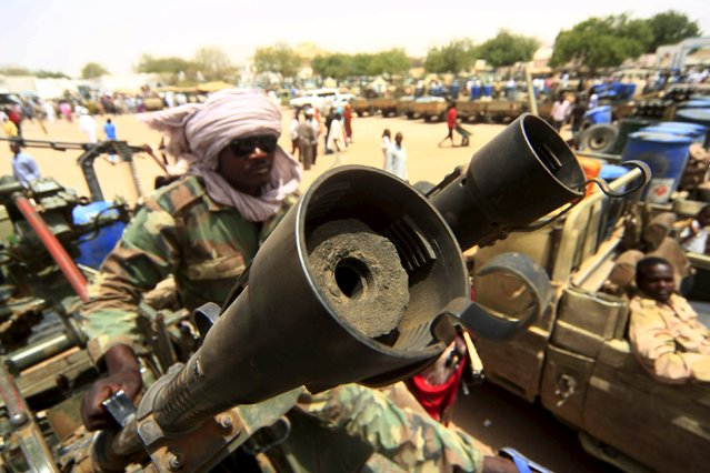 Vehicles and weapons of the Justice and Equality Movement (JEM) rebels are seen on display,  after victory celebrations by the Sudanese Armed Forces (SAF) and the Rapid Support Forces (RSF), in Niyala Capital of South Darfur, May 4, 2015. (Photo by Reuters/Stringer)