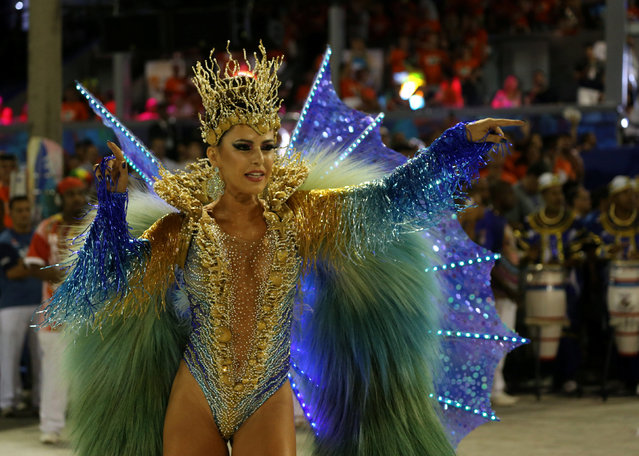 Drum queen Tania Oliveira from Uniao da Ilha samba school performs during the second night of the carnival parade at the Sambadrome in Rio de Janeiro, Brazil February 27, 2017. (Photo by Sergio Moraes/Reuters)