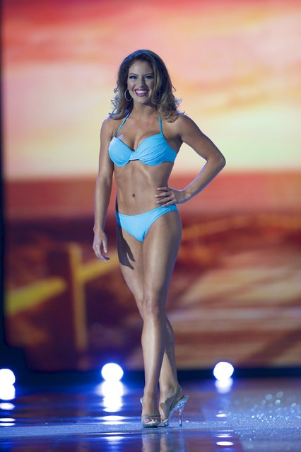 Miss New Jersey Lindsey Giannini competes in the swimsuit competition during the first night of preliminaries of Miss America at Boardwalk Hall in Atlantic City, New Jersey, September 8, 2015. (Photo by Mark Makela/Reuters)