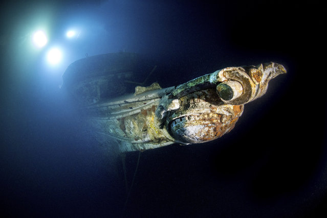 At 60 meters long and built in Leith, Scotland, in 1897, the «Gunilda» sunk after it struck some rocks and could not be saved. (Photo by Becky Kagan Schott/Caters News Agency)