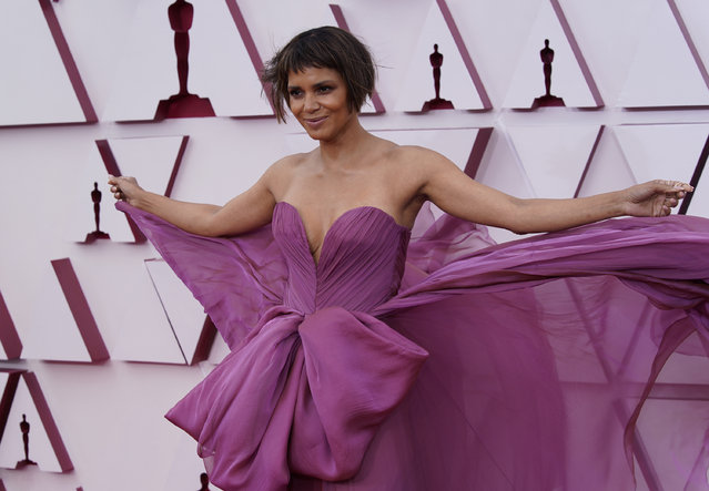 Halle Berry arrives at the Oscars on Sunday, April 25, 2021, at Union Station in Los Angeles. (Photo by Chris Pizzello/Pool via AP Photo)