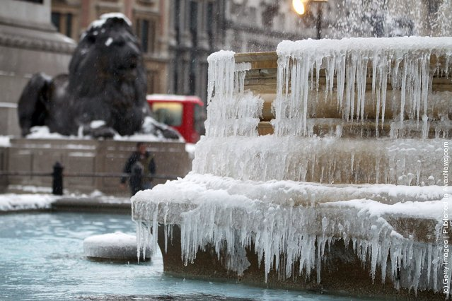Ice has formed on Trafalgar Square's fountains