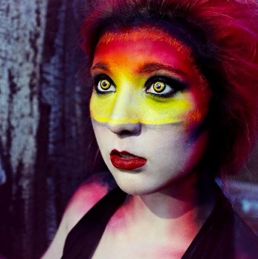 Make-up Artist Stephanie Fernandez