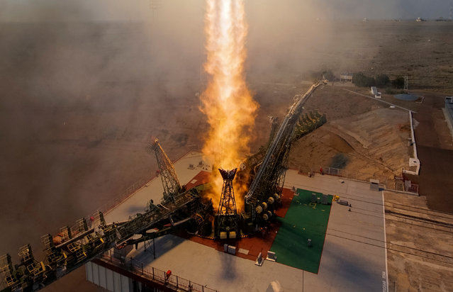 The Soyuz MS spacecraft carrying the crew of Kate Rubins of the U.S., Anatoly Ivanishin of Russia and Takuya Onishi of Japan blasts off to the International Space Station (ISS) from the launchpad at the Baikonur cosmodrome, Kazakhstan, July 7, 2016. (Photo by Shamil Zhumatov/Reuters)