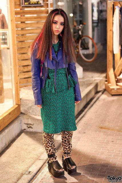 Hirari in Harajuku. Street snap taken tonight of the always-stylish Hirari on Cat Street in Harajuku. (Tokyo Fashion)