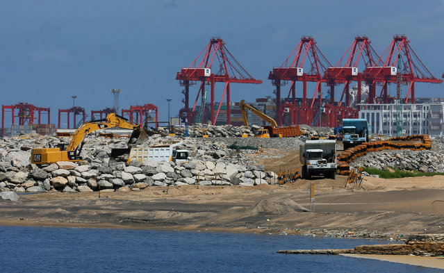 A general view of a Colombo Port City construction site is seen at the Colombo South Harbor in Sri Lanka October 4, 2016. (Photo by Dinuka Liyanawatte/Reuters)