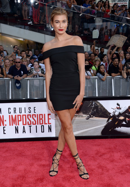 """Hailey Baldwin attends the premiere of """"Mission: Impossible – Rogue Nation"""" in Times Square on Monday, July 27, 2015, in New York. (Photo by Evan Agostini/Invision/AP Photo)"""
