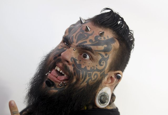 Emilio Gonzalez from Venezuela poses during the Cali Tattoo Festival in Cali, Colombia, September 12, 2015. (Photo by Jaime Saldarriaga/Reuters)