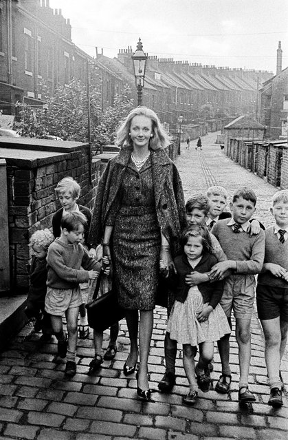 Born in 1958 in Abbazia, Italy, Frank Horvat is considered one of the founding fathers of French fashion photography. Frank Horvat: Storia di un Fotografo is on at Palazzo Chiablese Musei Reali, Turin, until 16 June. Here: Rosalind and children, Yorkshire (for British Vogue) 1961. (Photo by Frank Horvat/The Guardian)